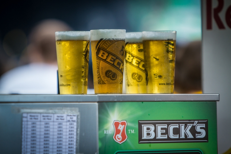 bedruckte Getränkebecher als Werbeartikel auf Events