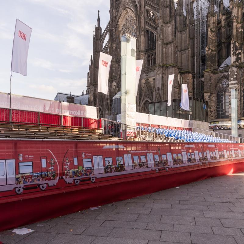 Tribünenverkleidung Kölner Karneval